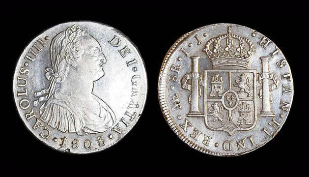 Una de las monedas de plata del tesoro encontrado en la fragata 'Nuestra Senora de las Mercedes'.