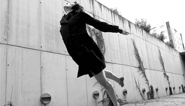 Imagen promocional de la obra Because we love de la compañía navarra de danza contemporánea Fueradeleje