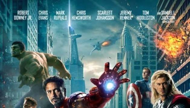 El nuevo póster con Los Vengadores