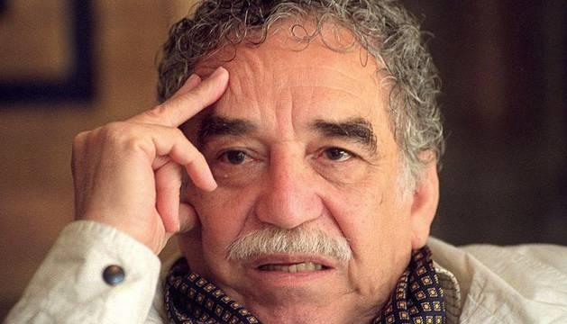 Fotografía de archivo de 1994 del nobel colombiano