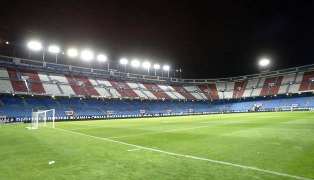 Imagen del cçesped del estadio del Atlético de Madrid, Vicente Calderón