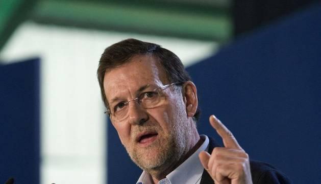 Rajoy durante el mitin en Almería