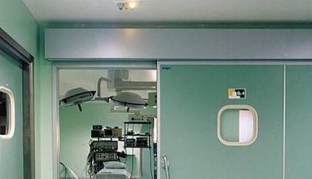 En la entrada de un quirófano