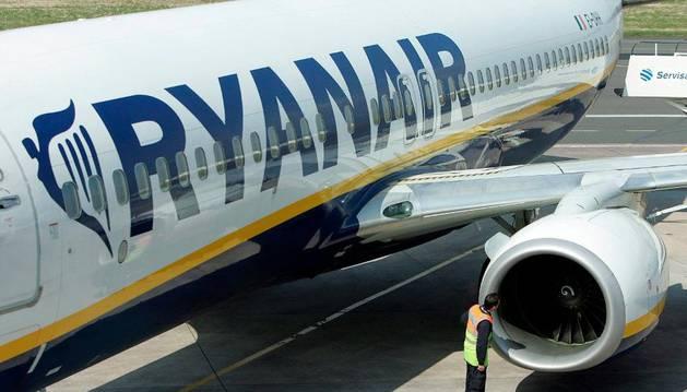 Ryanair cobrará seis euros para cualquier reserva que se realice en España a partir del próximo 15 de abril