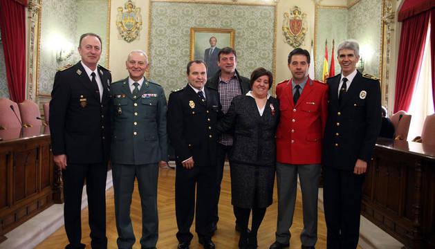 De izquierda a derecha, Enrique Bellostas, Pedro Martín Páez, Ignacio Almaluez, Patxi Baldanta, Maribel Echave, Miguel Ángel Escudero y José Ángel Santamaría.