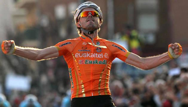 Samuel Sánchez celebra su triunfo en la penúltima etapa de la Volta a Catalunya