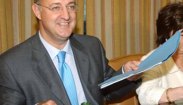 El exministro Jesús Caldera