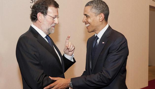 Saludo entre Mariano Rajoy y Barack Obama en Seúl
