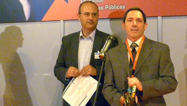 El integrador de soluciones de ANIMSA, Eduardo Tuñón, recogió el premio @asLAN en la categoría de servicios de las administraciones locales