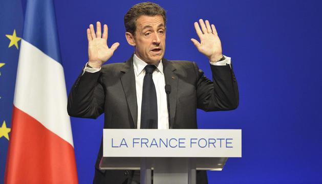 El presidente francés, Nicolas Sarkozy, interviene durante un acto de campaña en Caen, Francia, este viernes.