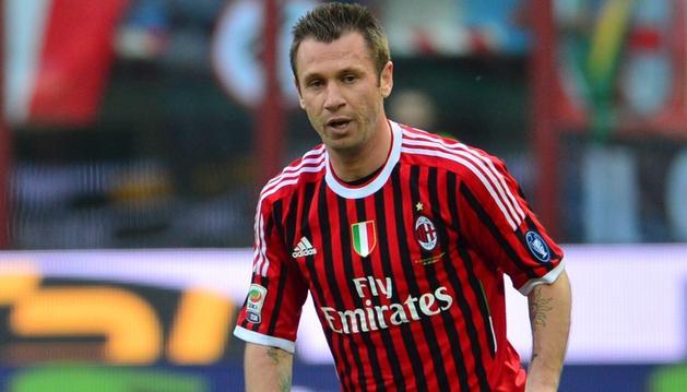 Cassano ha vuelto a jugar con el Milan en el partido de liga ante la Fiorentina