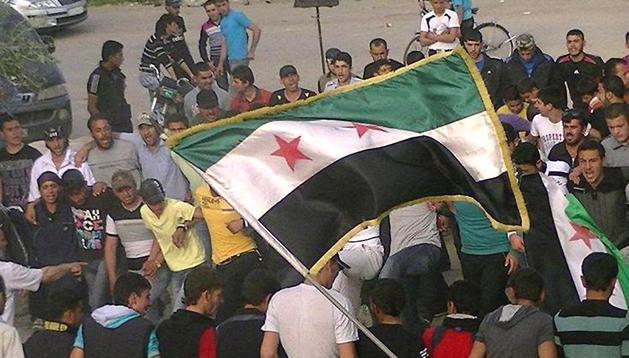 Fotografía de fecha desconocida facilitada por los opositories Comités de Coordinación Local en Siria el 8 de abril
