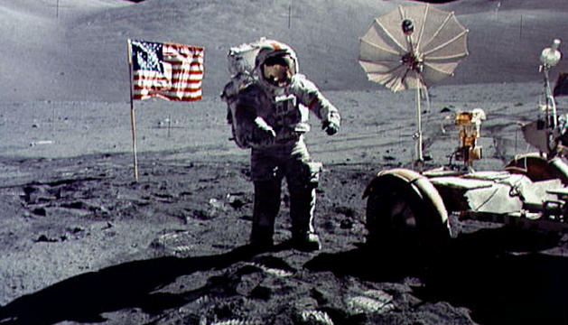 En diciembre de 1972 se realizó la última misión en la que un ser humano pisó la Luna, a bordo del Apolo 17.