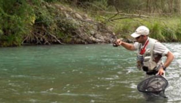 La pesca de trucha en el norte de Navarra comenzará el 1 de mayo y se extenderá hasta el 30 de junio.