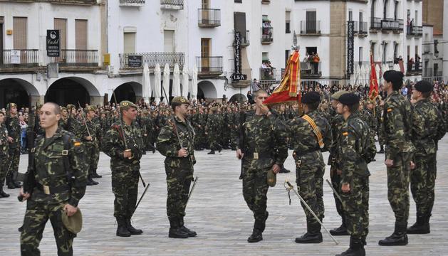 Se ha pasado de 5.000 soldados alistados en 2008, con el inicio de la crisis, a reducir a cero la oferta de empleo público para este año