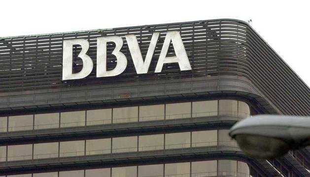 El BBVA obtuvo un beneficio neto de 1.005 millones de euros en el primer trimestre, un 12,6 % menos