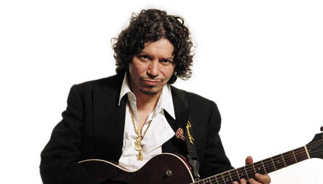 El guitarrista Raimundo Amador