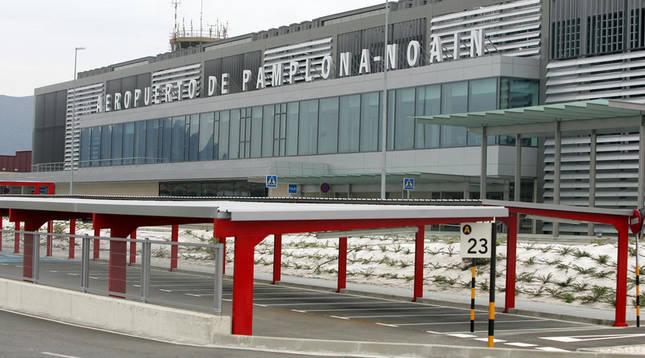 Aeropuerto de Noáin