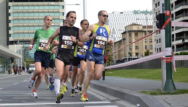 Imágenes de la Media Maratón que ha tenido lugar este domingo en Pamplona