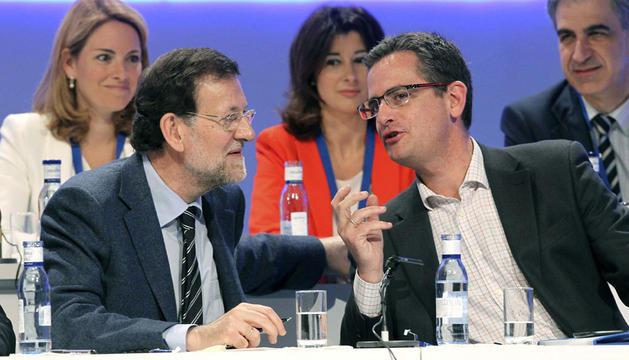 Rajoy junto a Antonio Basagoiti en la clausura del congreso del PP vasco