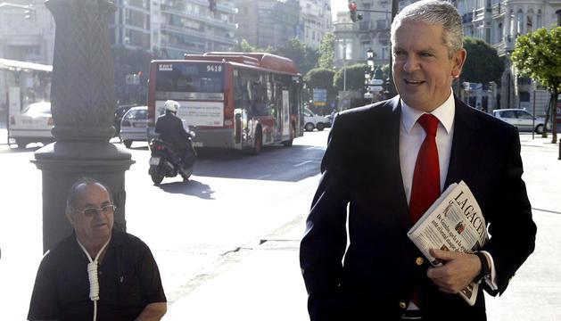 Pablo Crespo, exsecretario de organización del PP de Galicia y número dos de la trama Gürtel, a su llegada al Tribunas Superior de Justicia de Valencia para declarar como imputado en la causa derivada sobre la supuesta financiación irregular del PPCV