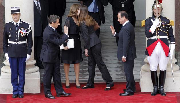 El Gobierno de Mariano Rajoy confía en que el mandatario socialista francés, François Hollande, dé continuidad a la fructífera cooperación mantenida durante el quinquenio de Nicolas Sarkozy