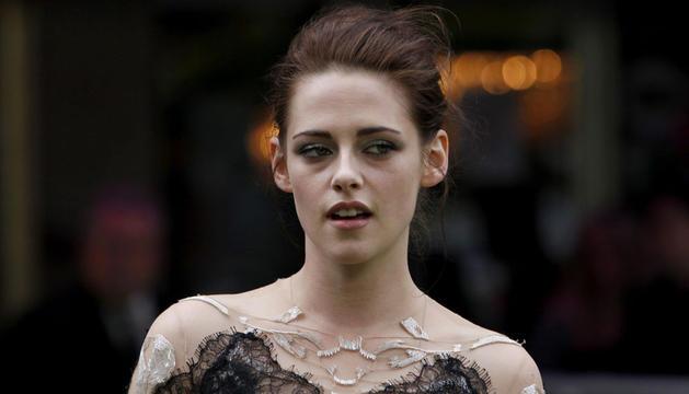 Kristen Stewart, en la premiere mundial de la película 'Blacanieves y el cazador' en Londres