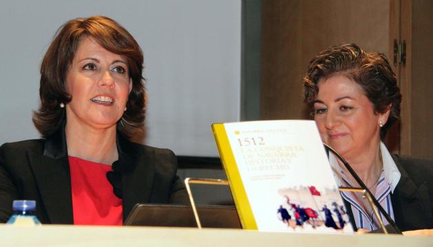 De izquierda a derecha, Yolanda Barcina y Mercedes Galán.