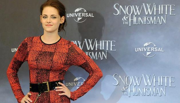 La actriz Kristen Stewart, durante la presentación de 'Blancanieves y la leyenda del cazador'