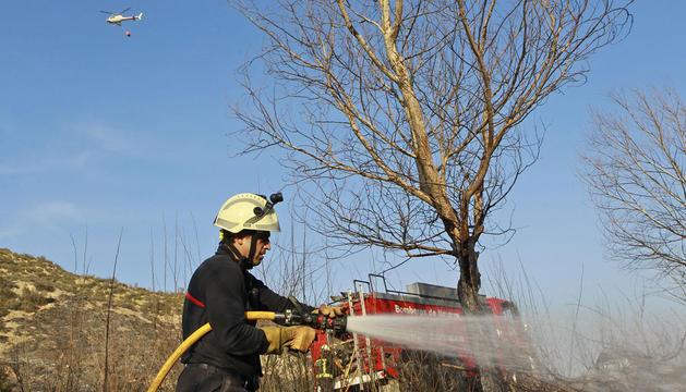 Incendio forestal en Puente la Reina el pasado 20 de marzo