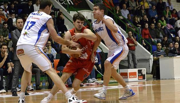 Imágenes del segundo partido de las semifinales de los playoff entre Grupo Iruña y Menorca
