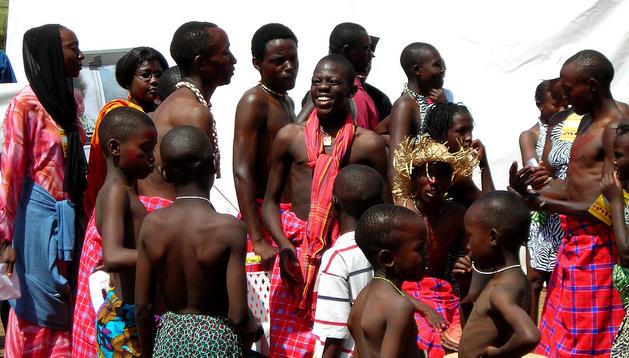 Intregrantes de una tribu Masai en África