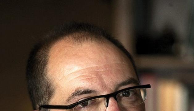 El escritor Pedro Ugarte