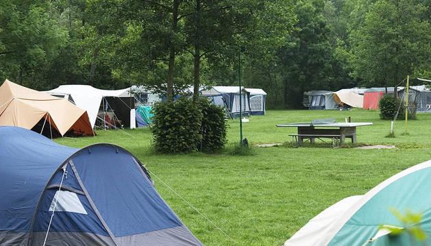 Los camping se llenan en verano