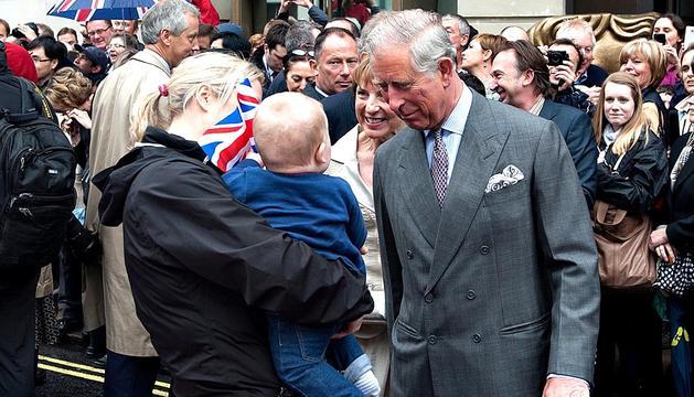 El Reino Unido, en especial Londres, celebran con multitud de actos el Jubileo de Diamantes de la soberana Isabel II de Inglaterra.