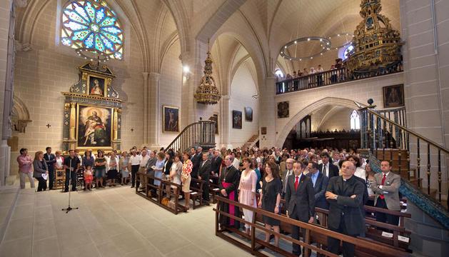 Aspecto interior de la capilla rehabilitada, durante la misa celebrada este sábado
