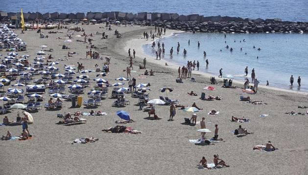 Imagen de una playa en Tenerife