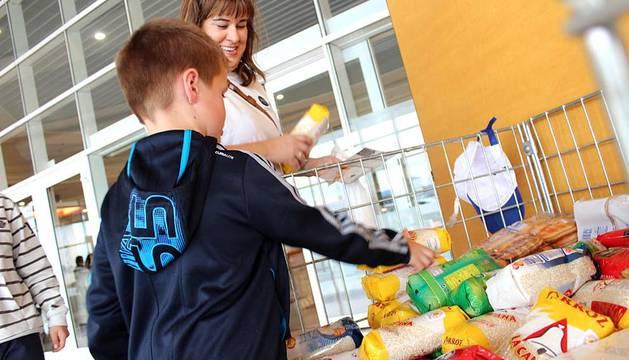 Los navarros donan kilos al banco de alimentos noticias de navarra en diario de navarra - Banco de alimentos de navarra ...