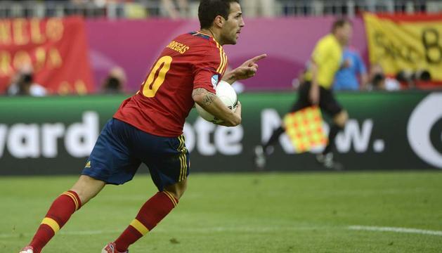 Imagen de Cesc celebrando el gol del empate