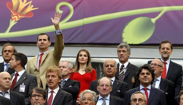 Los príncipes y Rajoy, ante el partido
