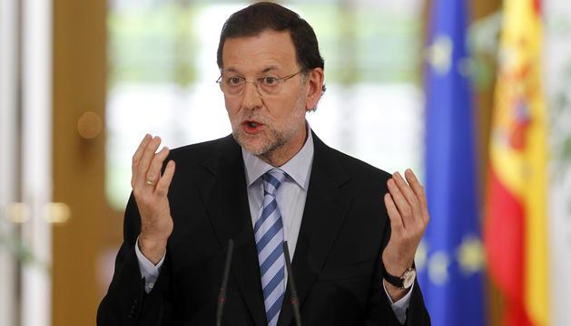 El presidente del Gobierno, Mariano Rajoy, durante la rueda de prensa de este domingo