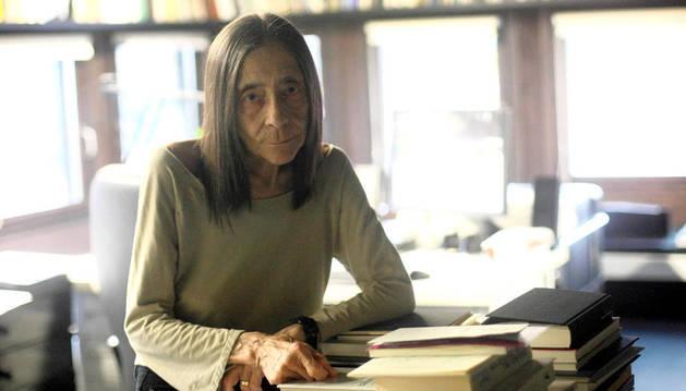 Elena Asins, en su estudio de Azpiroz