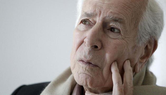 El escritor Jean Daniel, Premio Príncipe de Asturias de Comunicación y Humanidades 2004
