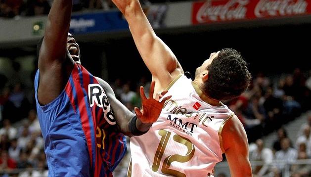 El tercer partido de la final de la Liga ACB marcó una gran ventaja del equipo madridista frente al Barça, que desde los primeros minutos de juego se descolgó de la velocidad y el tiro de su rival.