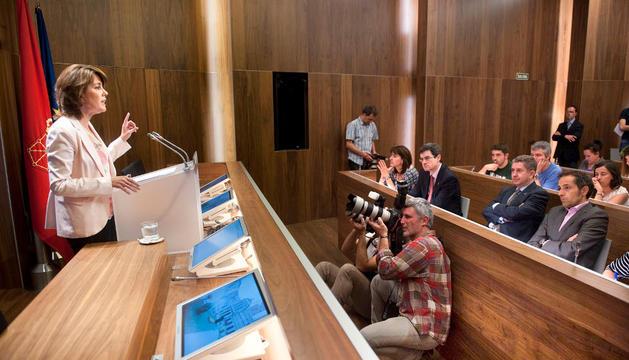 Barcina, en la rueda de prensa, en el Palacio de Navarra, este viernes por la tarde