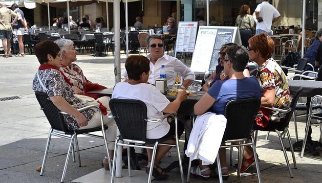 La Comunidad foral ha disfrutado de un día de fiesta con temperaturas veraniegas