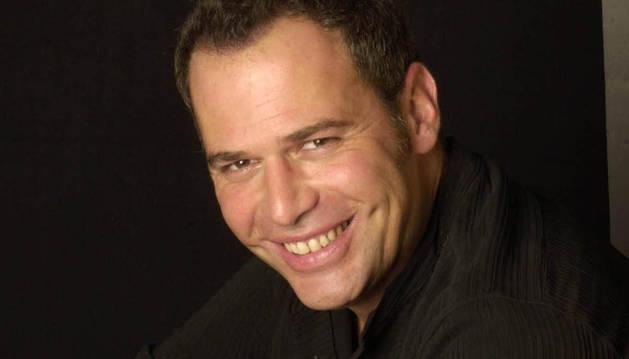 El presentador Carlos Lozano
