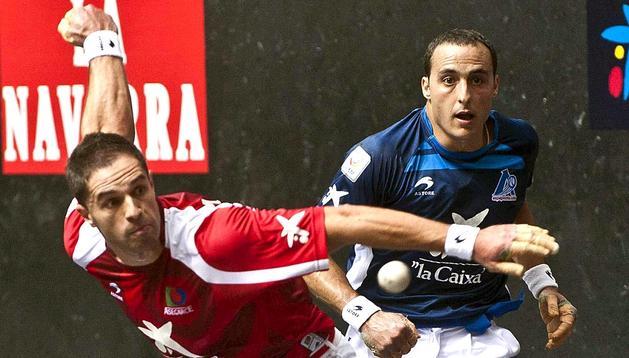 Olaizola II se ha proclamado campeón del Manomanista tras derrotar por 22-7 a Juan Martínez de Irujo en el frontón Bizkaia de Bilbao