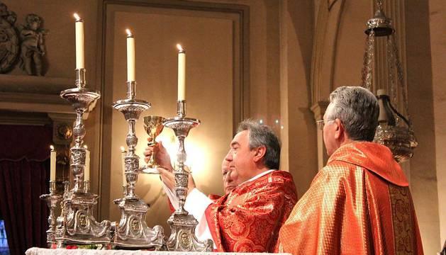 A las once de la mañana de este viernes 13, se ha celebrado una misa en la Capilla San Fermín en honor a los Mayores