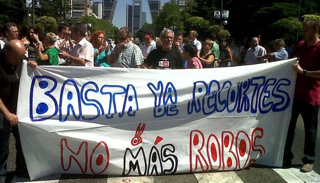 Empleados públicos, protestando en el Paseo de la Castellana